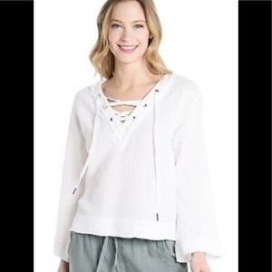 Cloth and Stone Long Sleeve Sumer Weight Top